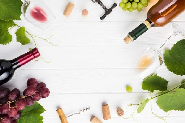 Vinho e acessórios como moldura