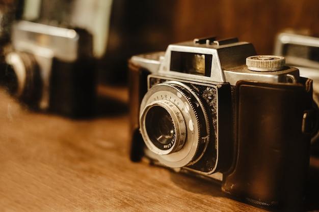 Vintage e câmera de filme antigo