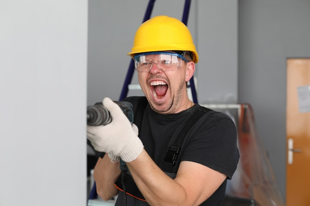 Violação da lei do ruído durante a construção