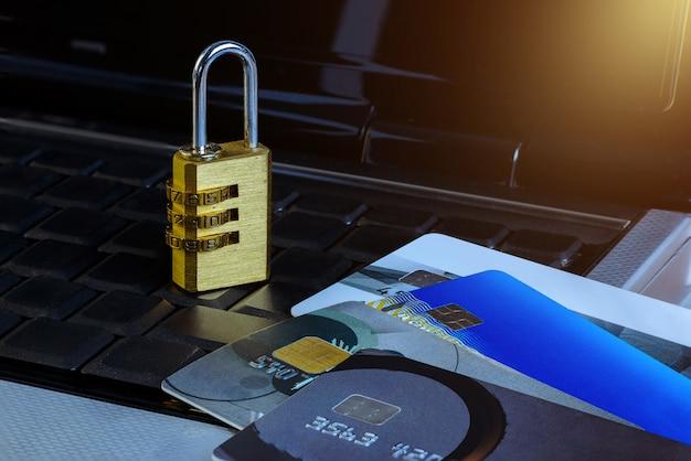 Violação de segurança dos dados do cartão de crédito