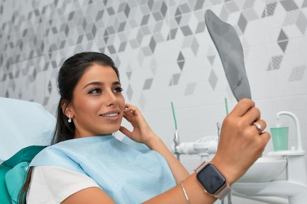 Visão geral da prevenção da cárie dentária.