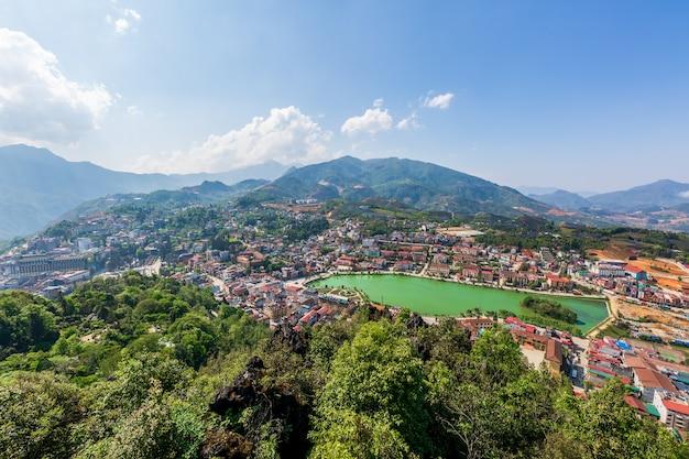 Vista aérea, cidade sapa, lao cai, vietnã
