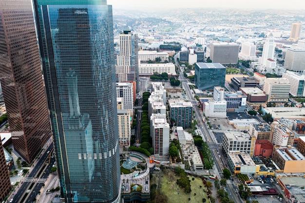 Vista aérea complexa da cidade