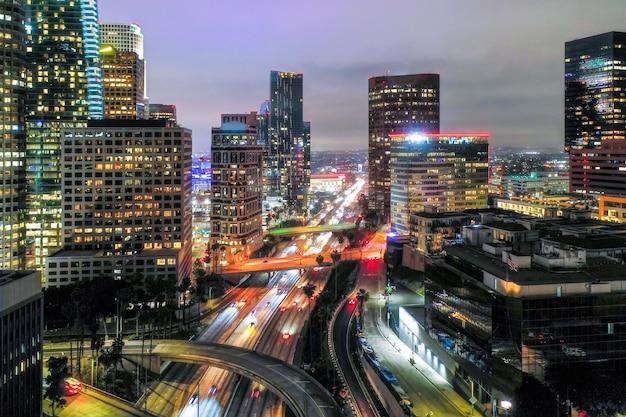 Vista aérea criativa da paisagem urbana Foto gratuita