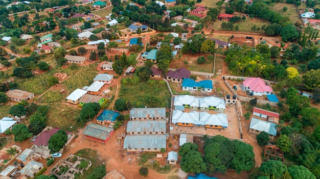 Vista aérea da cidade de morogoro na tanzânia