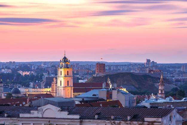 Vista aérea da cidade velha de vilnius, lituânia, estados bálticos
