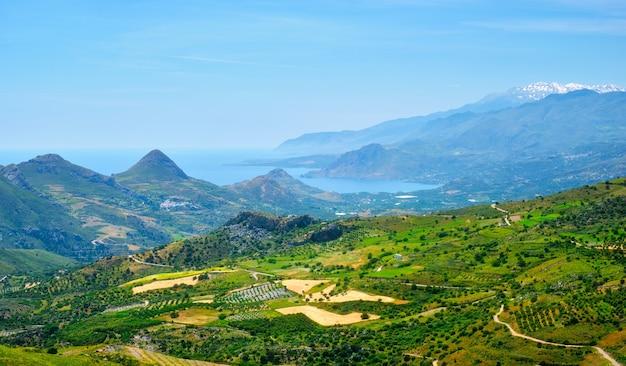 Vista aérea da ilha de creta na grécia