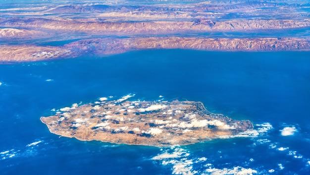 Vista aérea da ilha kish, no golfo pérsico, no irã. o oriente médio