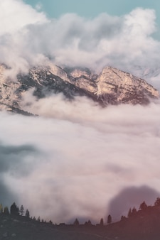 Vista aérea da montanha