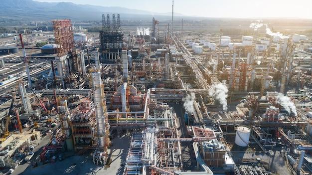 Vista aérea da refinaria de petróleo da refinaria da fábrica da refinaria
