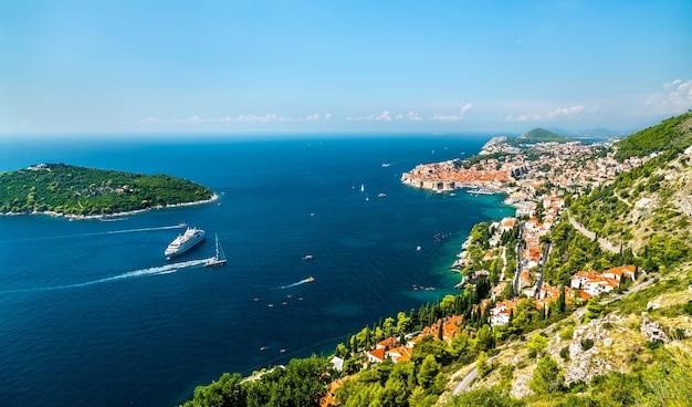 Vista aérea de dubrovnik, no mar adriático, na croácia