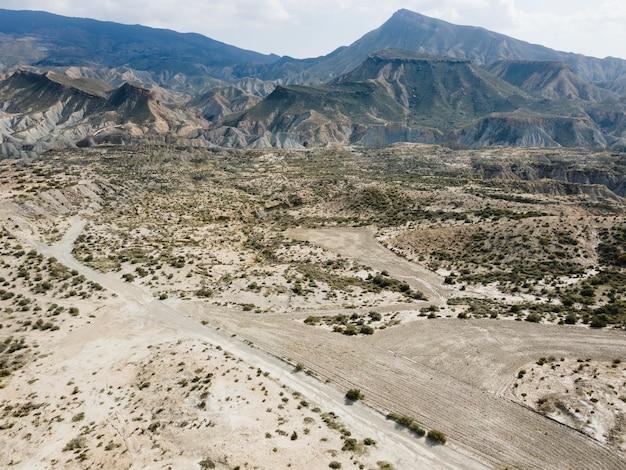 Vista aérea de montanhas