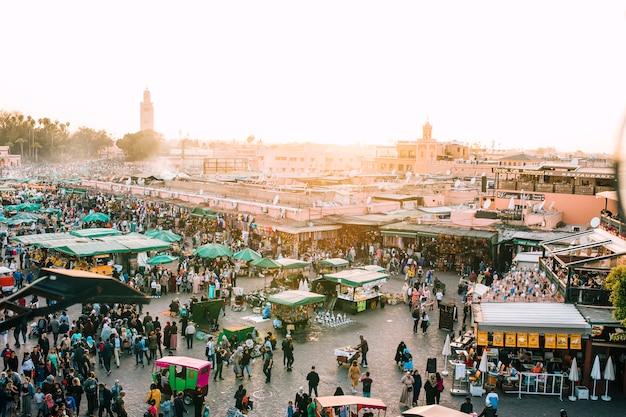 Vista aérea, de, oriental, mercado