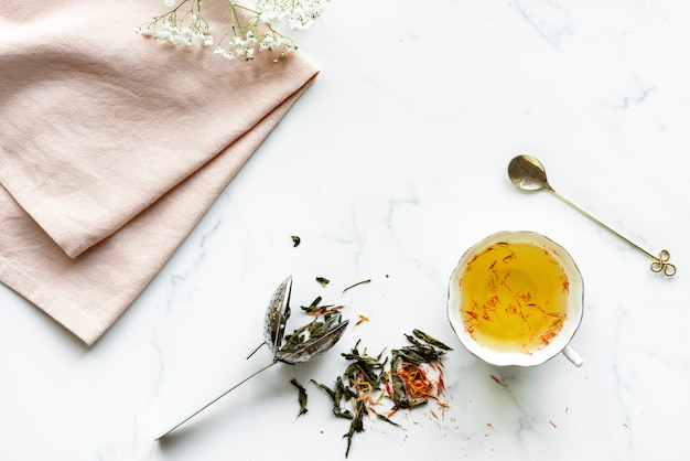 Vista aérea, de, quente, cártamo, bebida chá