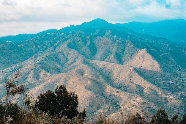 Vista aérea, de, scenic, montanha, paisagem