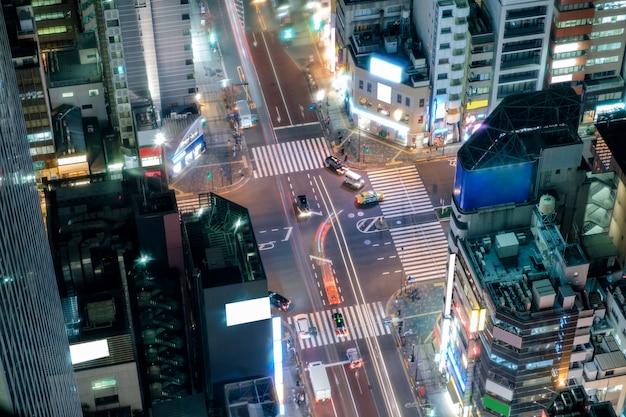 Vista aérea, de, tráfego, em, centro cidade