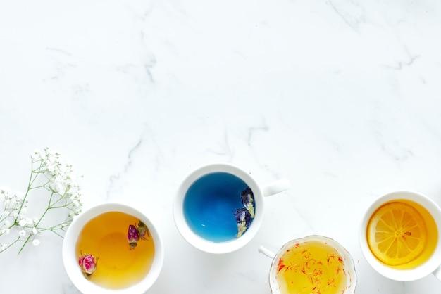 Vista aérea, de, vários, chá quente, bebidas