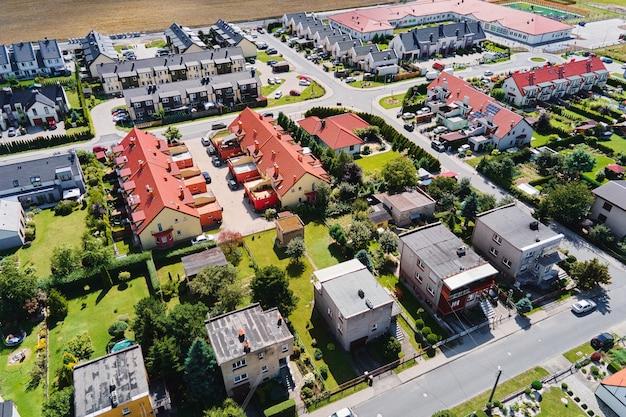 Vista aérea do moderno bairro residencial na cidade da europa