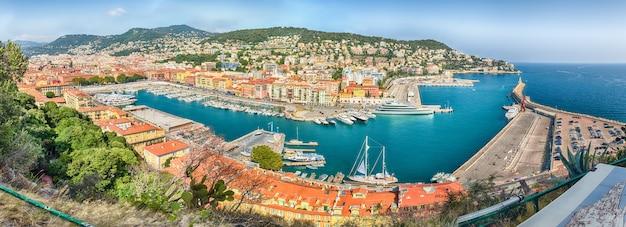 Vista aérea do porto de nice, cote d'azur, frança