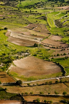 Vista aérea em campos de fazenda