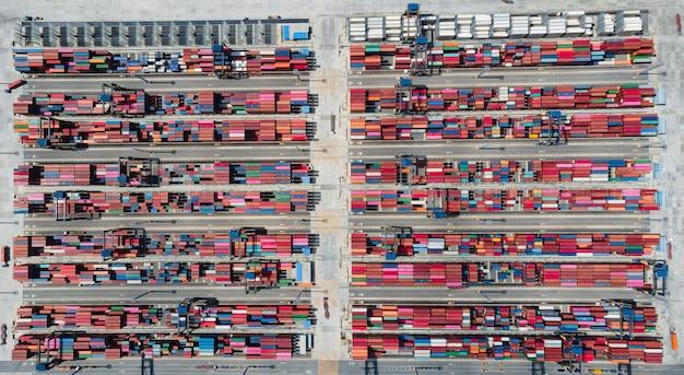 Vista aérea navio de contêineres importação exportação logística empresarial