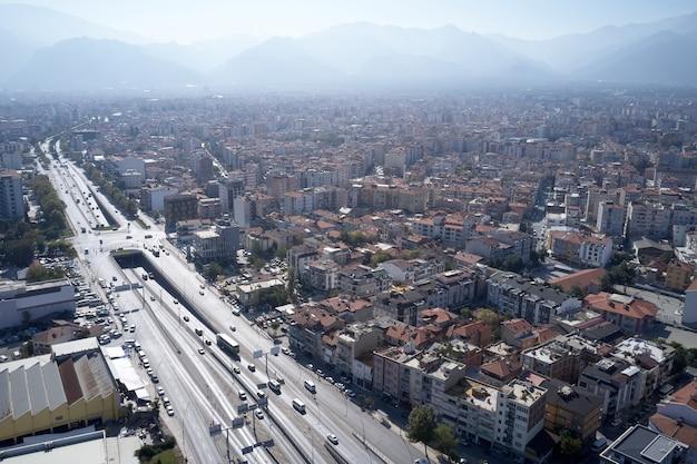 Vista aérea panorâmica da cidade de denizli na turquia