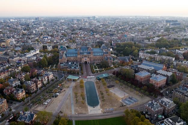 Vista aérea panorâmico de amsterdão, países baixos. vista aérea, de, a, quadrado museu, de, amsterdão, em, outono