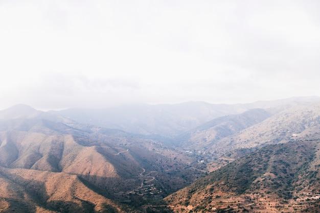 Vista alta ângulo, de, vale montanha