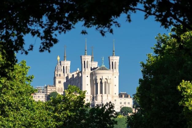 Vista da basílica de notre dame de fourvière