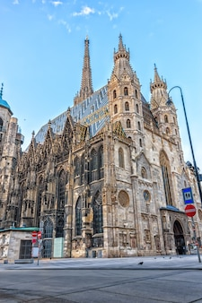 Vista da catedral de santo estêvão em viena, áustria