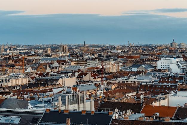 Vista da cidade de budapeste. vista da catedral de st. istvan. hungria