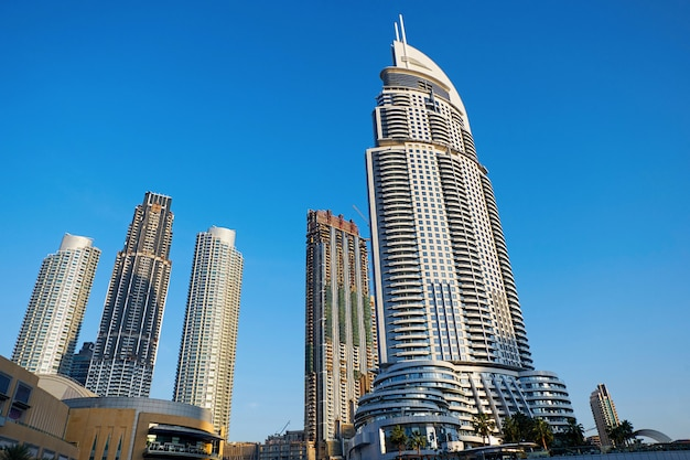 Vista da cidade de dubai com edifícios