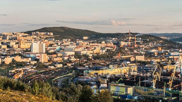 Vista da cidade de murmansk