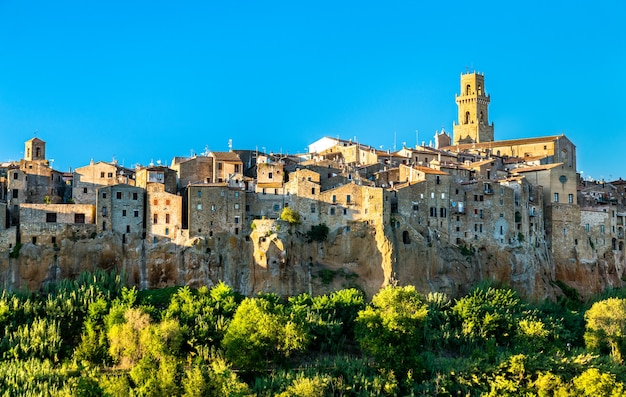 Vista da cidade de pitigliano na toscana itália