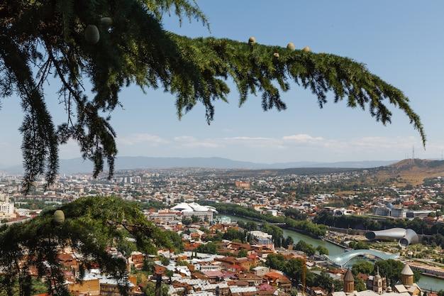 Vista da cidade de tbilisi, geórgia, europa