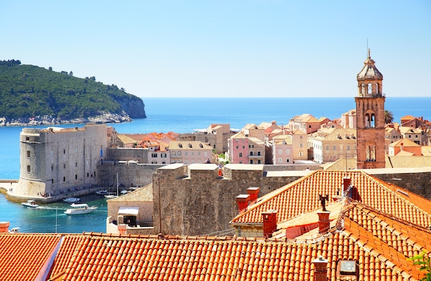 Vista da cidade velha de dubrovnik, na croácia