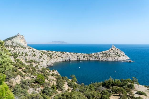 Vista da costa da criméia