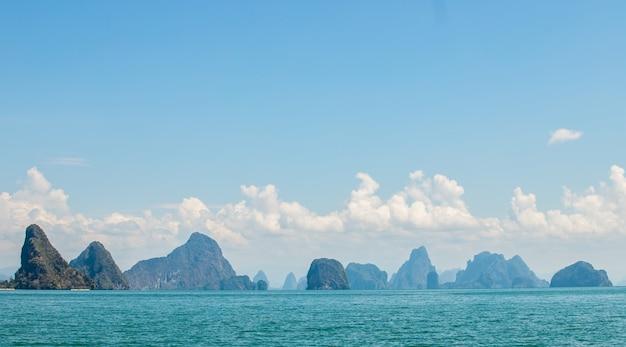 Vista da ilha na província de phang nga