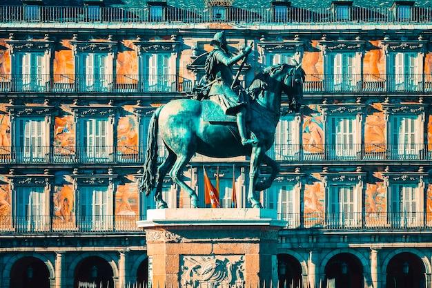 Vista da plaza mayor, madrid, espanha