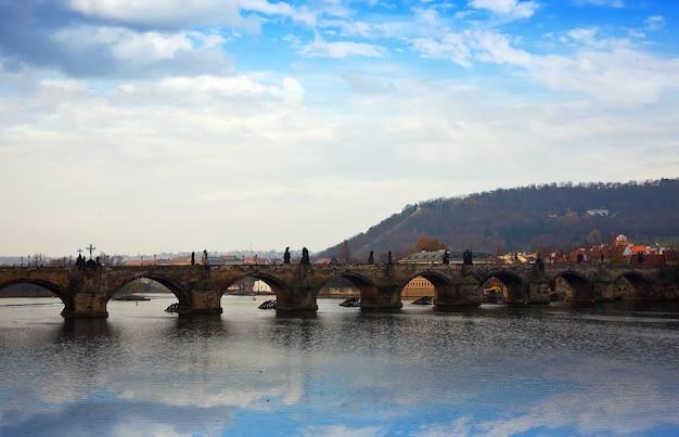 Vista da ponte de charles