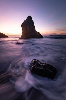 Vista da praia de marshall em san francisco, califórnia