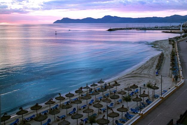 Vista da praia de palma de maiorca