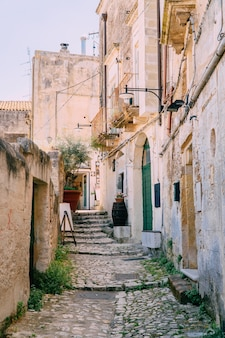 Vista da rua da antiga cidade italiana