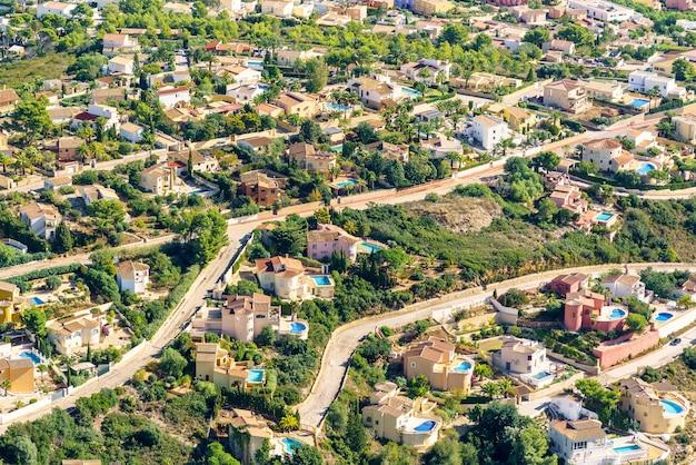 Vista de alto ângulo de uma área residencial na espanha