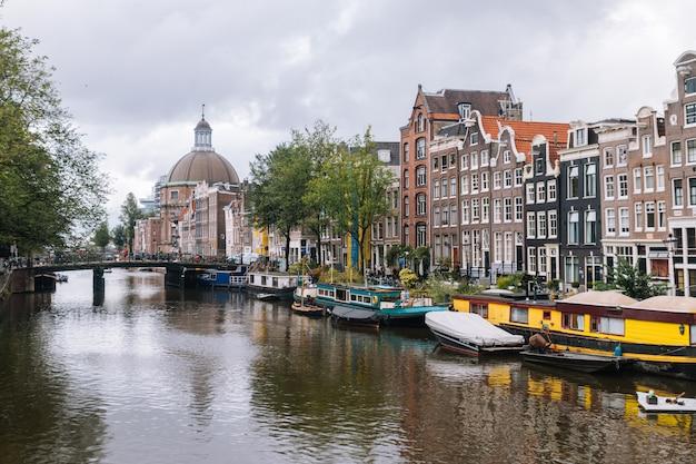 Vista de amsterdã, holanda, países baixos.