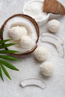 Vista de cima coco doce sem açúcar