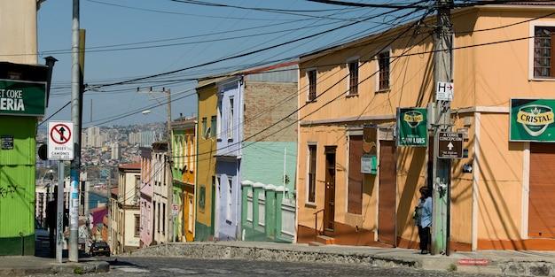 Vista, de, rua, com, casas, valparaiso, chile