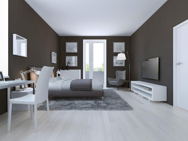 Vista de um quarto de hotel espaçoso em cinza claro