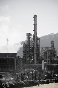 Vista de uma planta de refinaria de petróleo