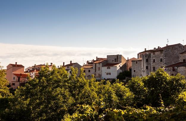 Vista de valle, bale em istria. croácia
